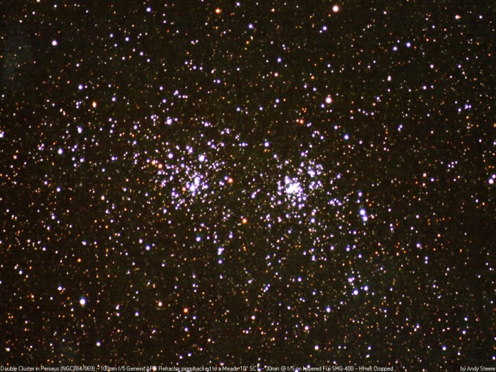 Os aglomerados estelares NGC 869 e NGC 884. Crédito: A. Steere