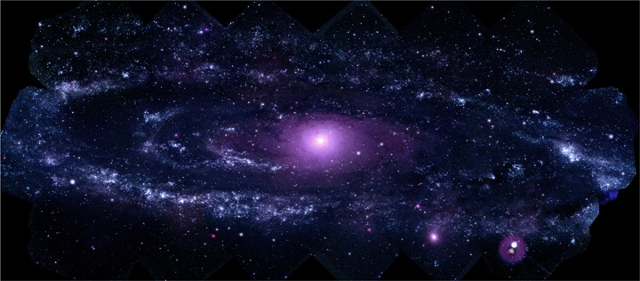 Andrômeda em Ultravioleta capturada pela lente UVOT do SWIFT. Crédito: Ultravioleta - NASA/SWIFT/Stefan Immler (GSFC) e Erin Grand (UMCP)