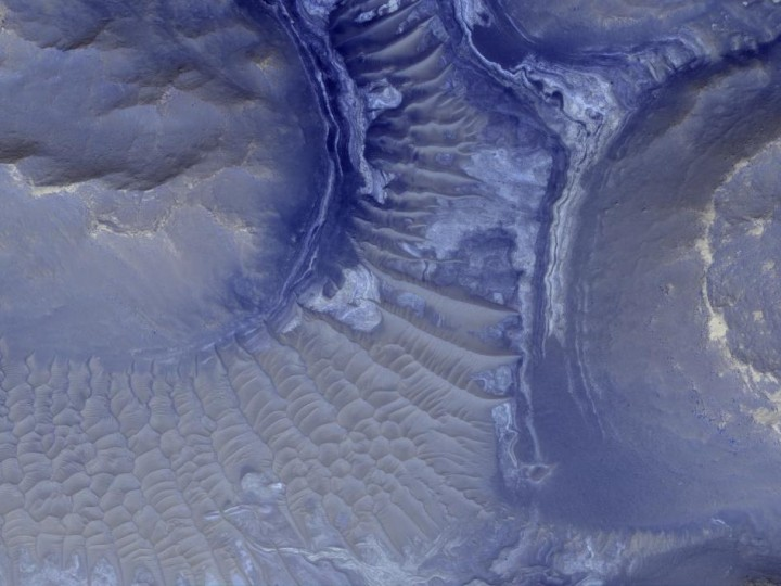 Espetacular visão de Noctis Labyrinthus (labirinto de Noctis) por HiRISE. Crédito: NASA/JPL-Caltech/University of Arizona