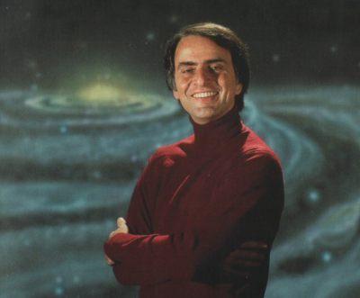 """""""Nós somos uma maneira do Cosmos conhecer a si mesmo"""" — Carl Sagan"""
