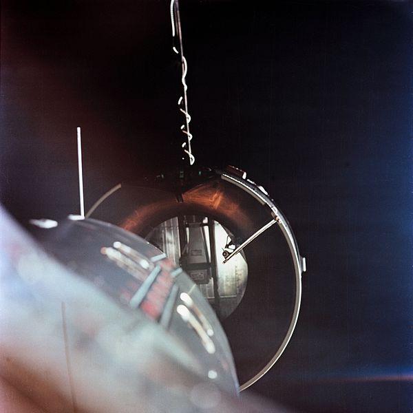 Acoplamento entre Gemini VIII e Agena em 1966