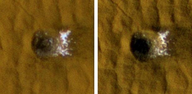 Imagens 'antes e depois' da HiRISE focaram uma cratera recente de meteorito com 12 metros, localizada em Arcadia Planitia em Marte. As fotos mostram como os depósitos de gelo (água) escavados pelo meteorito e expostos nesta cratera esvaneceram ao longo do tempo. As imagens, com 35 metros de diâmetro cada, foram capturadas em novembro de 2008 e janeiro de 2009 pela câmera HiRISE da MRO. Crédito: NASA / JPL-Caltech / University of Arizona