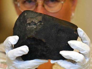 http://eternosaprendizes.com/wp-content/uploads/2011/06/Hodges-meteorite.jpg