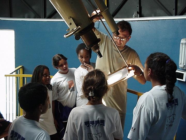 O Telescópio Refrator Grubb no CDCC (Centro de Desenvolvimento Científico e Cultural da Universidade de São Paulo)