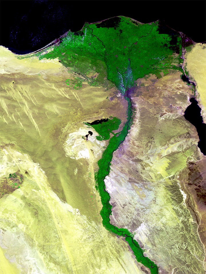 http://www.esa.int/Our_Activities/Observing_the_Earth/Proba-V/Highlights/Happy_Birthday_Proba-V