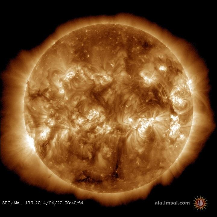 http://spaceweather.com/images2014/20apr14/coronalhole_sdo_blank.jpg?PHPSESSID=t85lmlbtjdig29520jashg2m63&PHPSESSID=uc7k0gqa3j8u29319d98kqo473