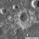 """Quente ou não? Características lunares incomuns  como a Maskelyne IMP sugerem a Lua ainda tem alguns """"truques vulcânicos"""". Créditos: NASA / GSFC / Arizona State Universit"""
