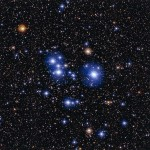 ESO revela as jóias estelares azuis do aglomerado aberto Messier 47