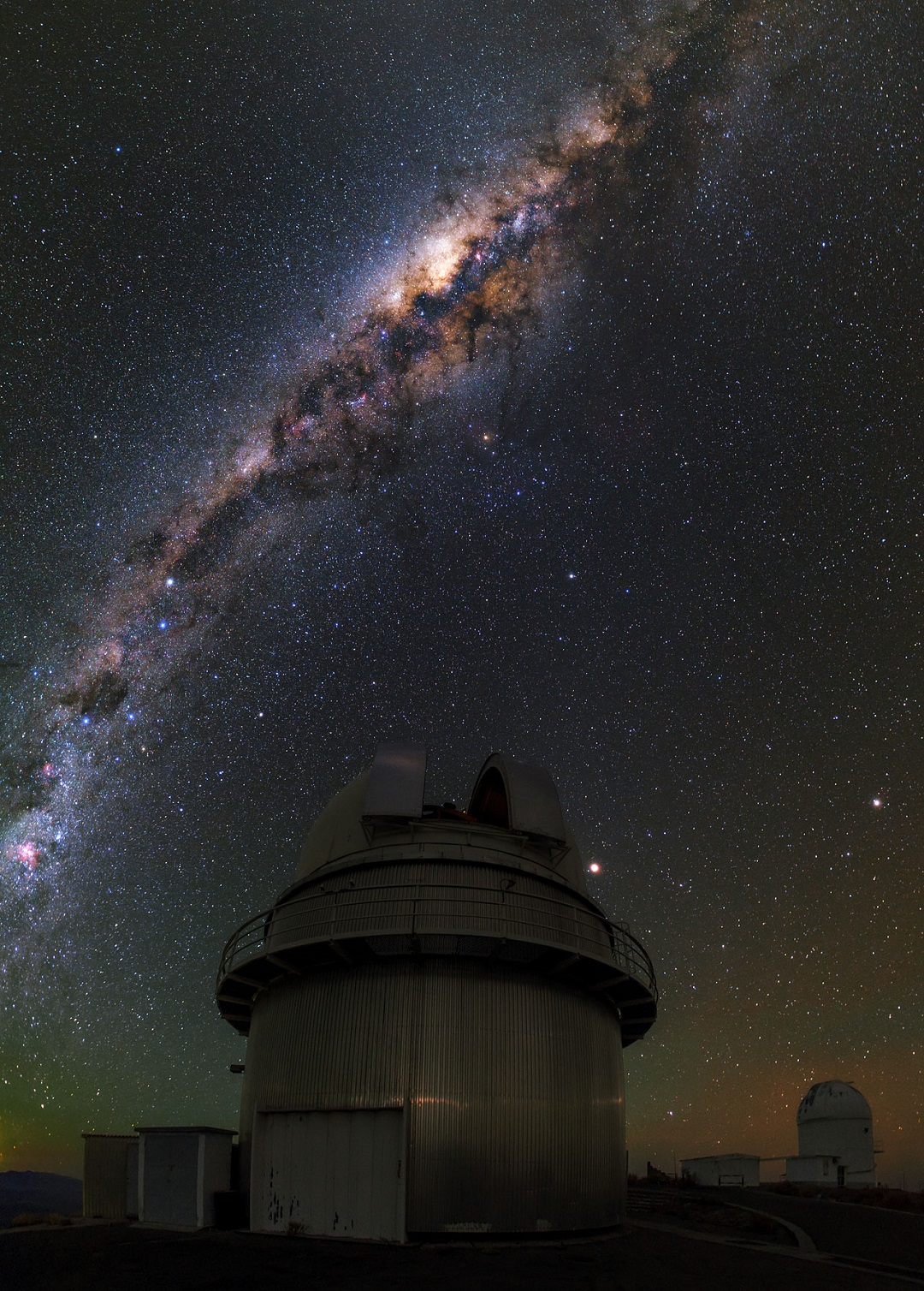 http://www.eso.org/public/archives/images/large/potw1512a.jpg