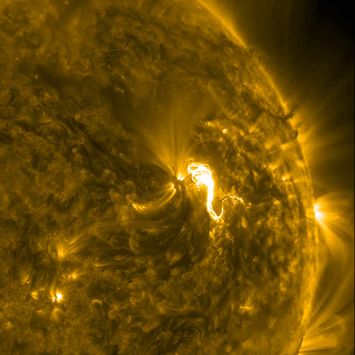 http://sdo.gsfc.nasa.gov/gallery/potw/item/637?linkId=15165002
