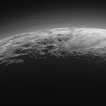 New Horizons revela panoramas retro iluminados espetaculares em Plutão