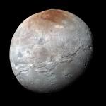 Caronte tem sua história colorida e violenta revelada pela New Horizons