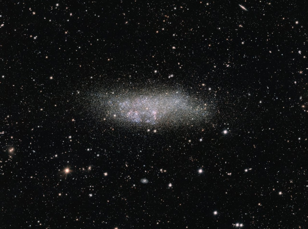 http://www.eso.org/public/images/eso1610a/