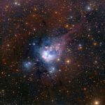 Os sóis jovens da nebulosa NGC 7129 por Robert Gendler, Roberto Colombari, Eric Recurt e Adam Block