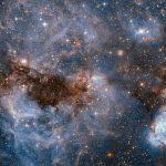 N159 ea Nebulosa de Papillon na Grande Nuvem de Magalhães