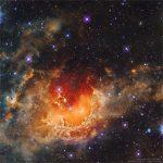 IC 410: a formação estelar na Nebulosa do Girino capturada pelo WISE e processada por Francesco Antonucci