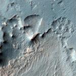 Clima quente em Marte? Formações geológicas indicam que isso ocorreu recentemente