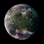 Ganimedes: a maior lua do sistema solar visível em detalhe