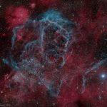 O remanescente de supernova em Vela revelado pela lente de Marco Lorenzi