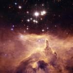 NGC 6357: a massiva estrela tríplice PISMIS 24-1 esculpe as formas de sua própria nebulosa