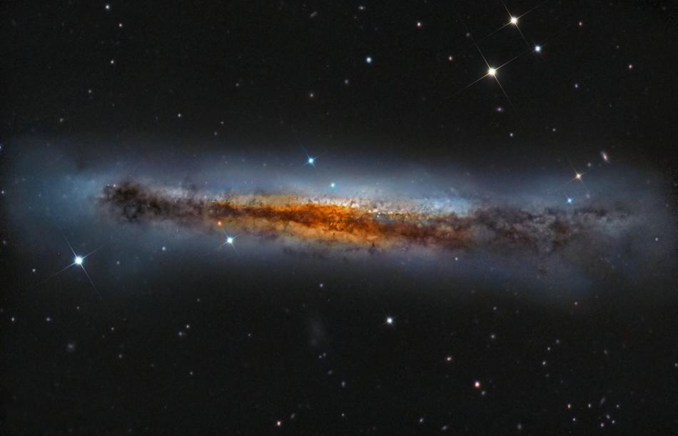 NGC3628 por Falesiedi