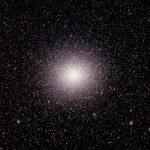 10 milhões de estrelas no aglomerado globular alienígena Omega Centauri