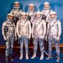 http://pt.wikipedia.org/wiki/Ficheiro:Project_Mercury_Astronauts_-_GPN-2000-000651.jpg