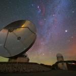 ESO: Panorama celeste iridescente sobre La Silla