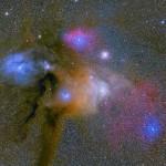 Markus Noller retrata as nuvens coloridas perto de Antares e Rho Ophiuchi