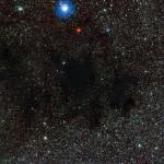 ESO mostra parte da Nebulosa do Saco de Carvão vista de perto