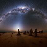 A Via Láctea sobre os Pináculos na Austrália por Michael Goh